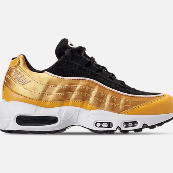 new arrival 4288b 971a2 Like New Women's Nike Air Max 95 Gold/Black -8.5